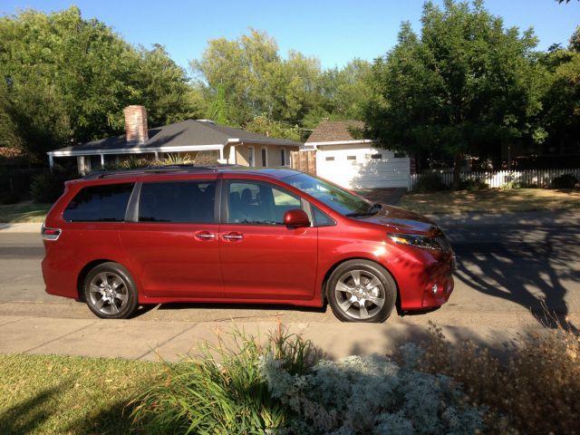 2015 Toyota Sienna: no more minivan stigma