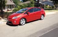 2015 Toyota Prius: great efficiency, but rivals challenging