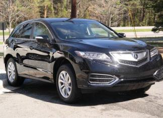The 2017 Acura RDX is among the best luxury compact SUVs.