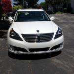 """Like many cars, the 2014 Hyundai Equus has a """"smiling"""" front grille."""