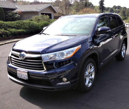 2016 Toyota Highlander (Hybrid) poised, pricey