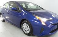 2016 Toyota Prius Two: New style, more room, great mpg