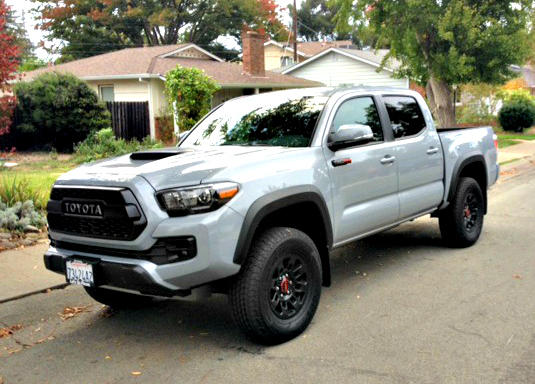 2017 toyota tacoma trd pro ruggedness defined. Black Bedroom Furniture Sets. Home Design Ideas