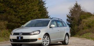The 2014 Volkswagen Tiguan has sports car overtunes.