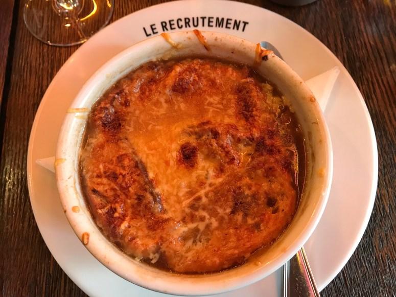 Le Recrutement, Paris