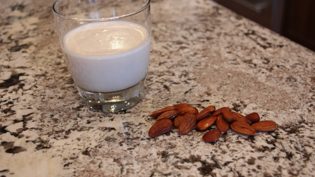 The Well-Intended: Homemade Organic Almond Milk