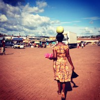 On our way home I stopped in at the markets to find a broom. As I walked back, I found myslef following this very talented woman through the back alleys of the Techiman markets.