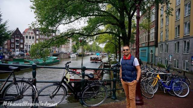 thewelltravelledman travel blog Amsterdam on the canal banks