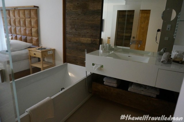 thewelltravelledman Mooser hotel St Anton Austria - room
