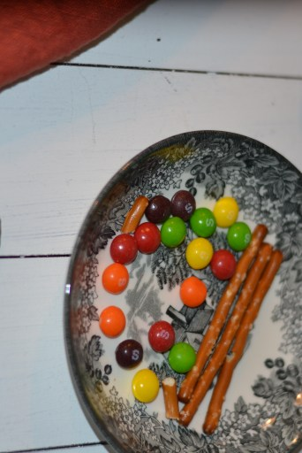 Fun treat your kids can make for Halloween