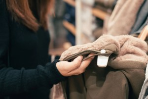 Read more about the article How to Save Big on Black Friday: All Your Shopping Tips Here