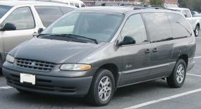1996-plymouth-grand-voyager-6