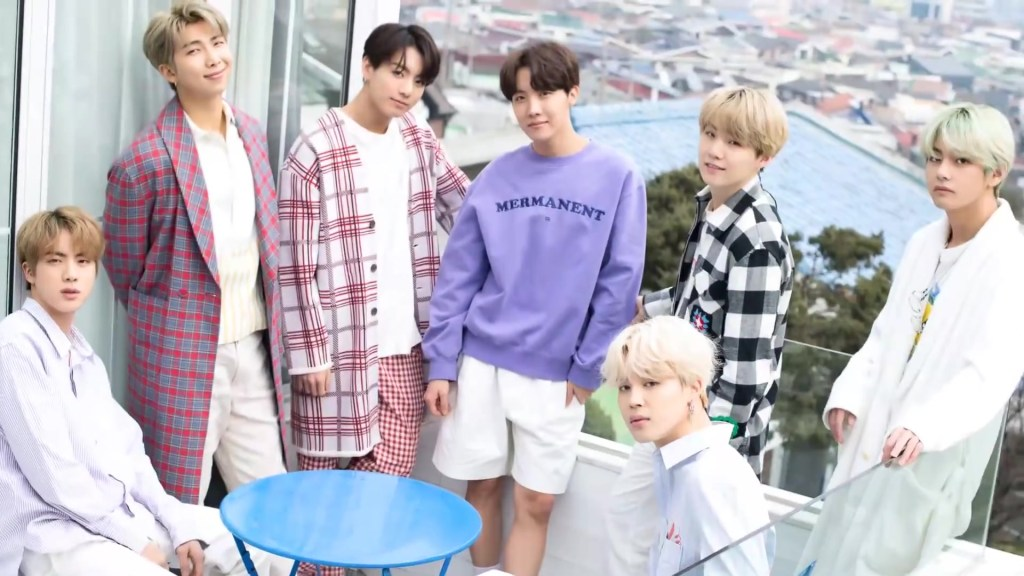 The group BTS posing for a photo // Photo courtesy of Wikimedia Commons