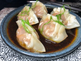 Ibérico pork and shrimp dumplings