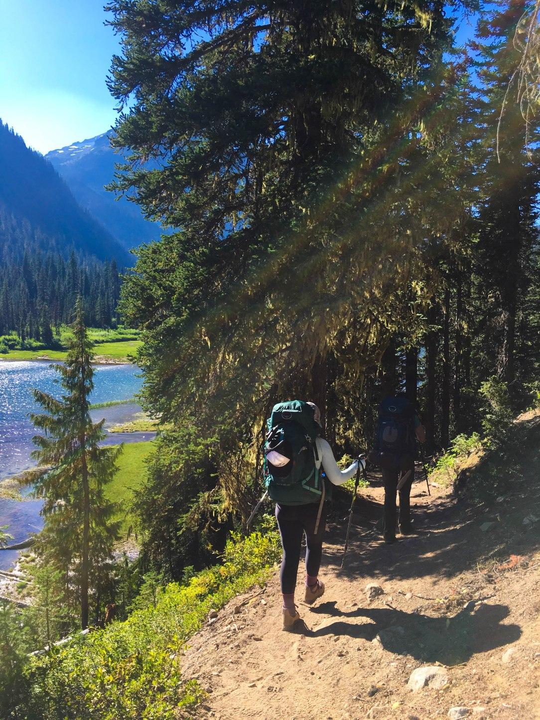 Female travel blogger backpack - Jennifer Mabus