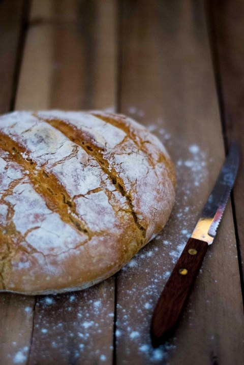 No Knead Crusty Artisan Bread 1