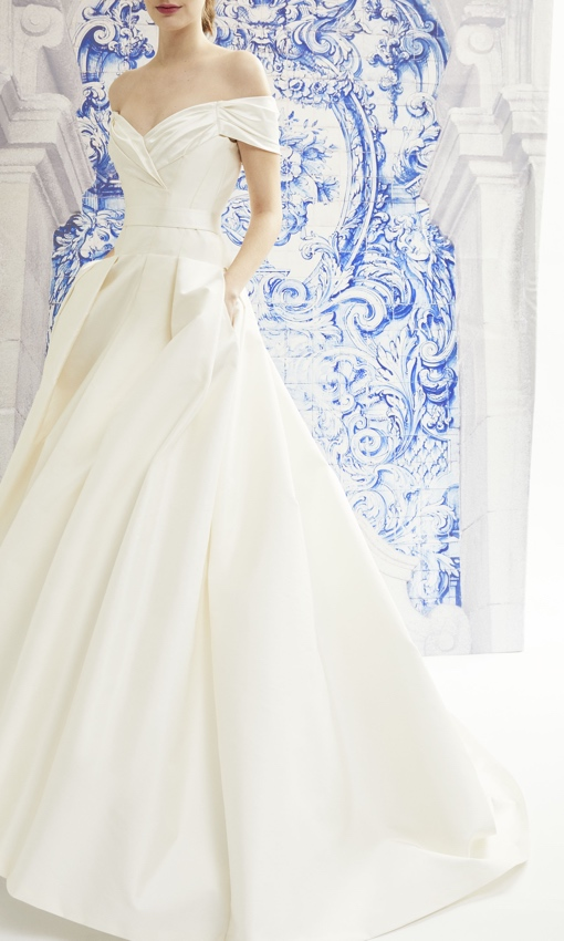 Carolina Herrera elegant wedding gown