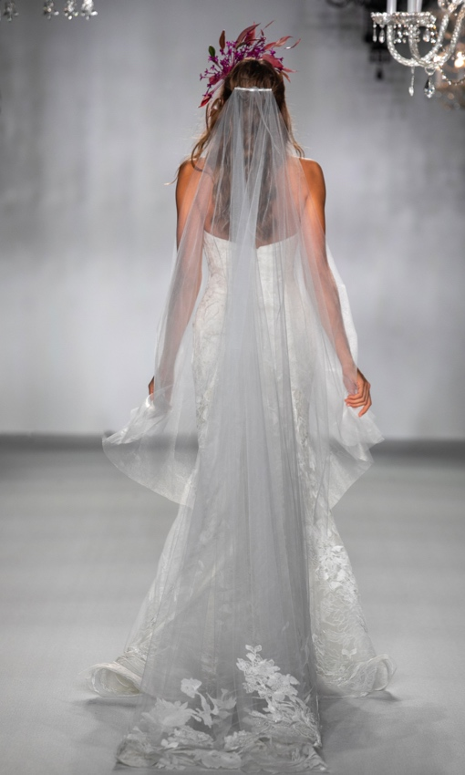 Strapless fit to flare gown back with veil