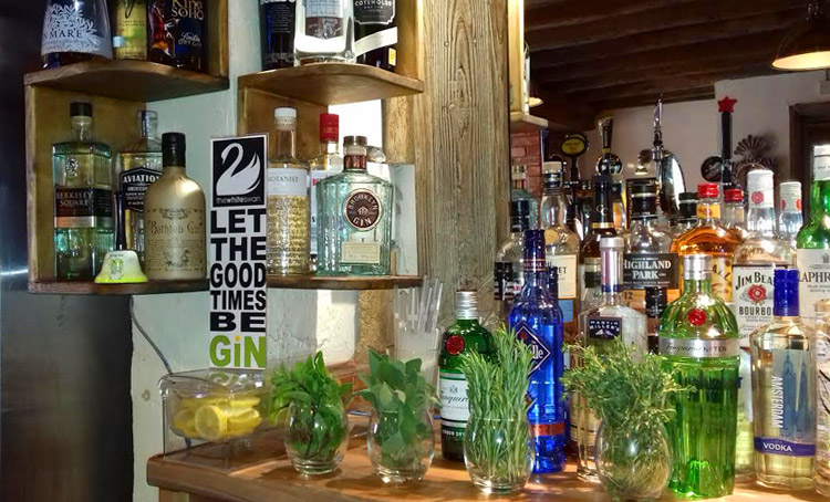 New gin menu at the White Swan Hotel in Henley in Arden