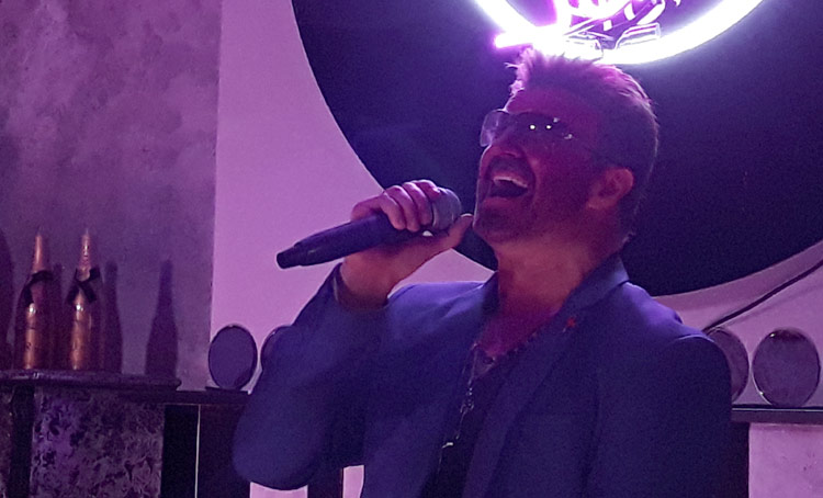 Rob Lamberti sings at Jesters and Jazz in Henley in Arden