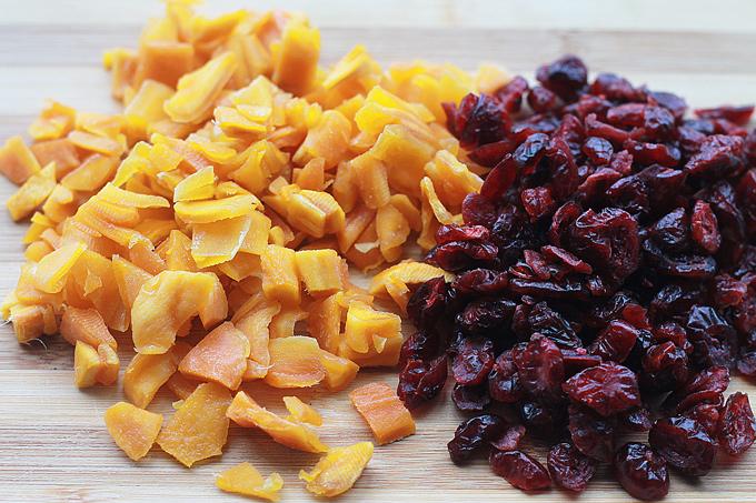 1-Dried-Mango-and-Cranberri