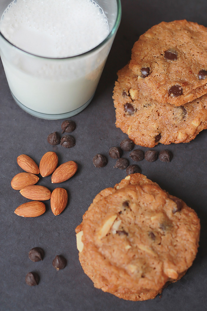 Milk-and-Almond-Butter-Chocolate-Chip-Cookies