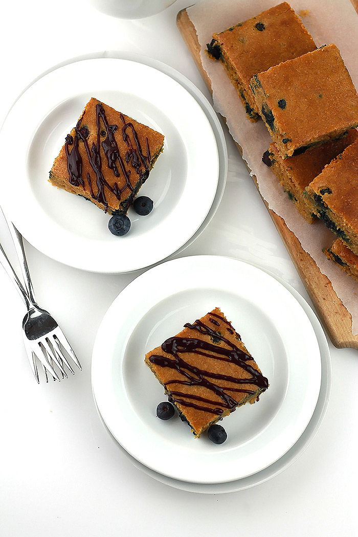 Blueberry-Breakfast-Bread-Above