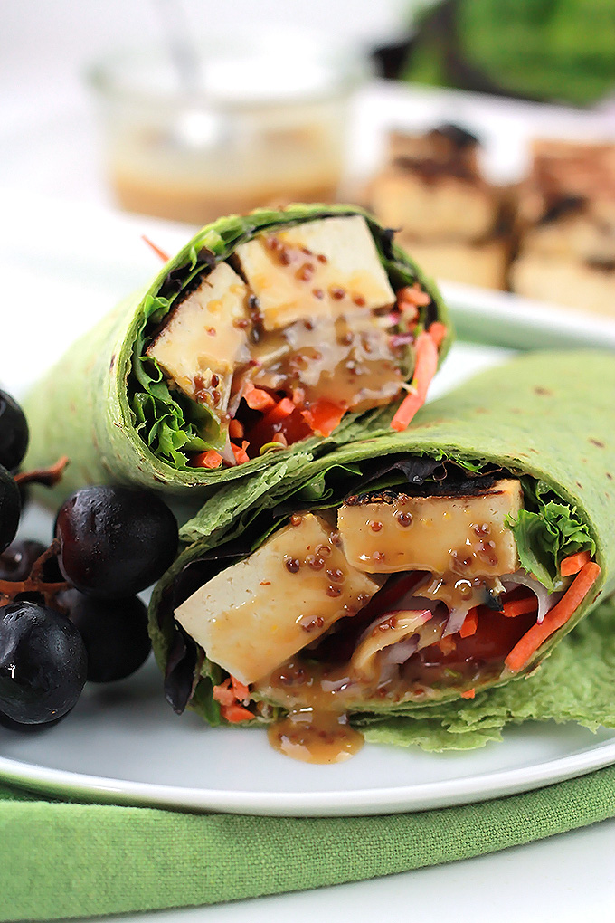 Grilled-Tofu-Wrap-with-Sauce