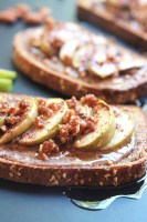 Think Cinnamon toast, but with almond butter, apple slices a touch of sweetness from an almond date crumble and a final drizzle of agave. Almond Butter Apple Cinnamon Toast is my twist on an old after-school favorite.