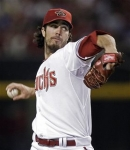 dan-haren-pitches-for-arizona-diamondbacks