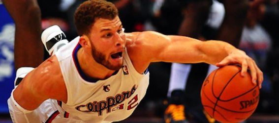blake-griffin-dives-for-the-loose-ball