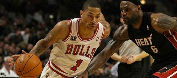 derrick-rose-versus-lebron-james
