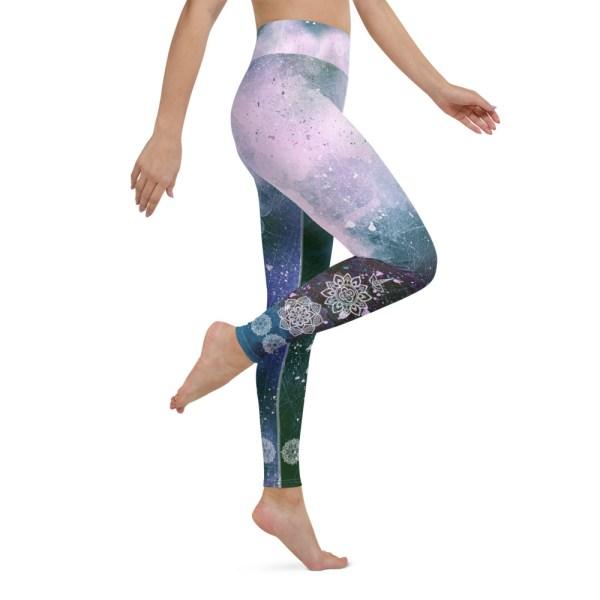 Mandala Ornament Yoga Leggings