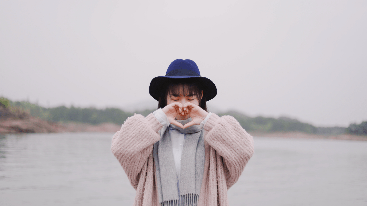 7 TIPS ON HOW TO LOVE YOURSELF