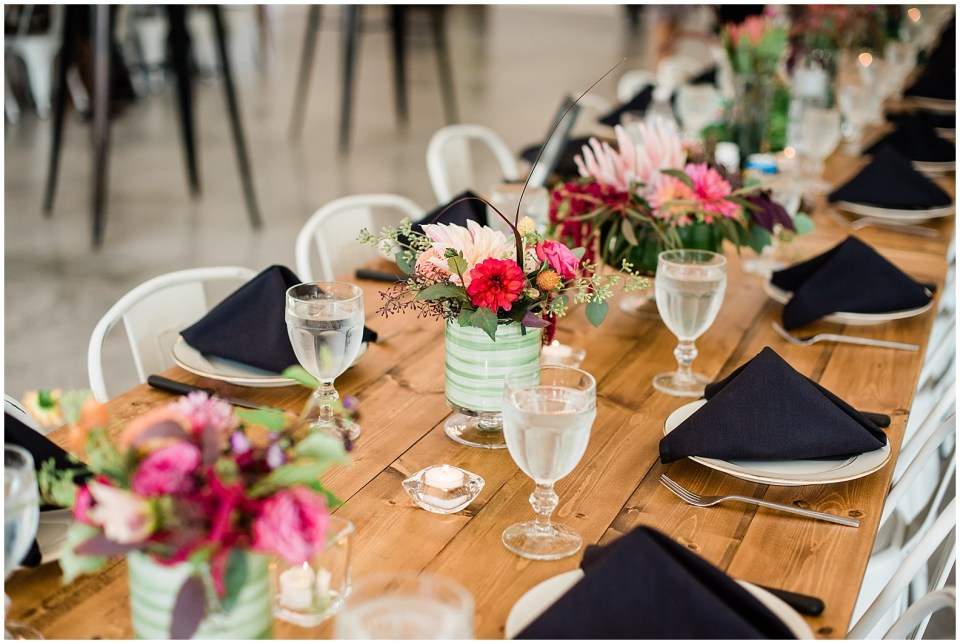 Elegant farmhouse wedding venue ideas that are bold and colorful.