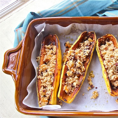 Spicy Squash Boats with Fruity Qunioa Pilaf : The Wimpy Vegetarian