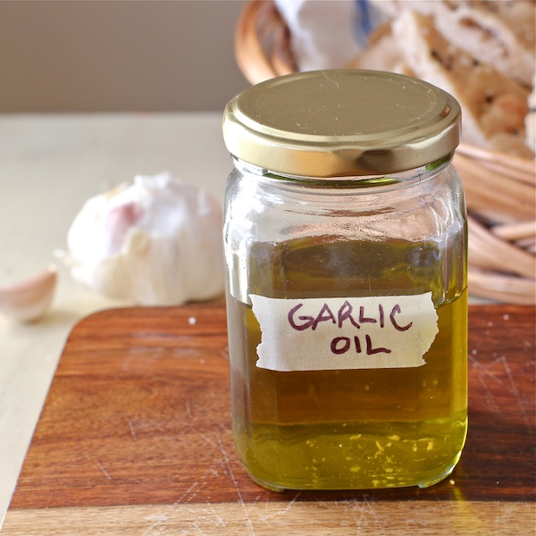 how to make garlic oil, The Wimpy Vegetarian