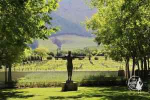 Grande-Provence-art-statue-garden