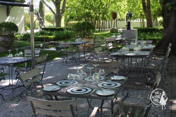 Grande-Provence-wine-tasting-garden