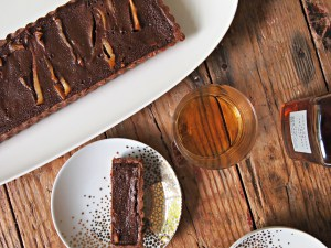 chocolate-whiskey-tart
