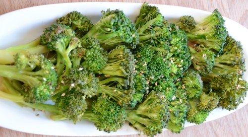 garlic-steamed-broccoli