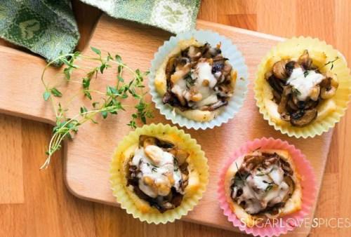 mushroom-thyme-bread-cups