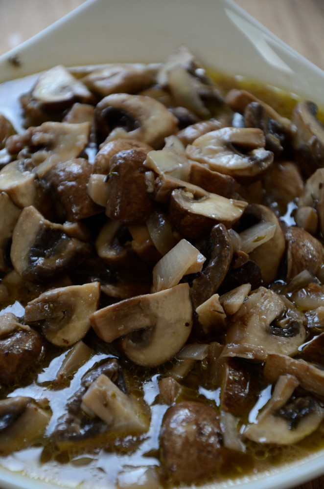 These Marinated Mushrooms are going to change my summer.  Easy to make, they pack a nice, cool flavour punch.