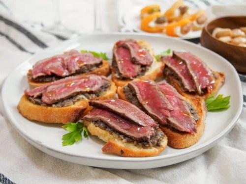 Steak Crostinis