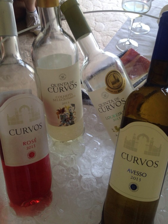 Quinta de Curvos whites and rose