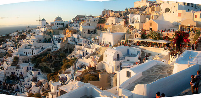 10 Cheapest Countries to Visit: Santorini