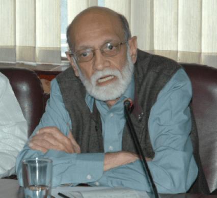 Ashok Jaitly, former chief secretary of Jammu and Kashmir, speaking at a seminar at TERI in 2007. Photo: AMDA