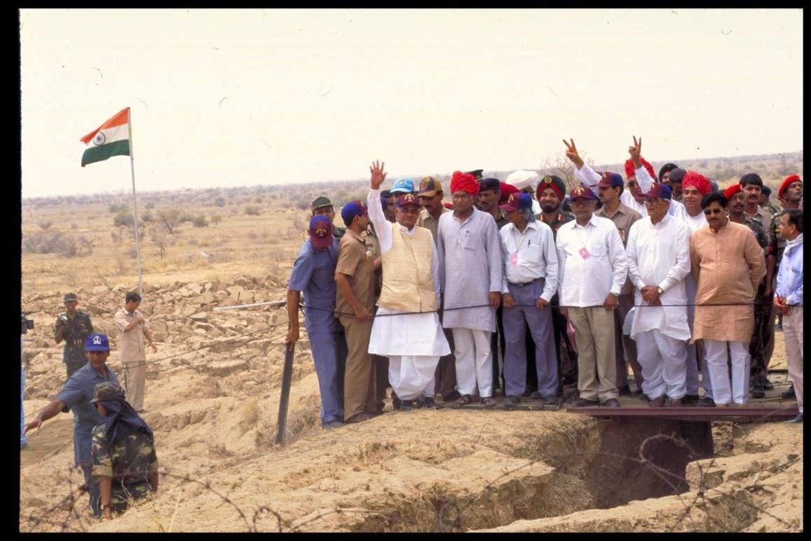 Atal Bihari Vajpayee at Pokhran with Abdul Kalam. Credit: PTI