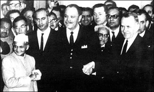 Indian Prime Minister Lal Bahadur Shastri, Pakistani President Ayub Khan and Soviet Prime Minister Alexei Kosygin at Tashkent in 1966