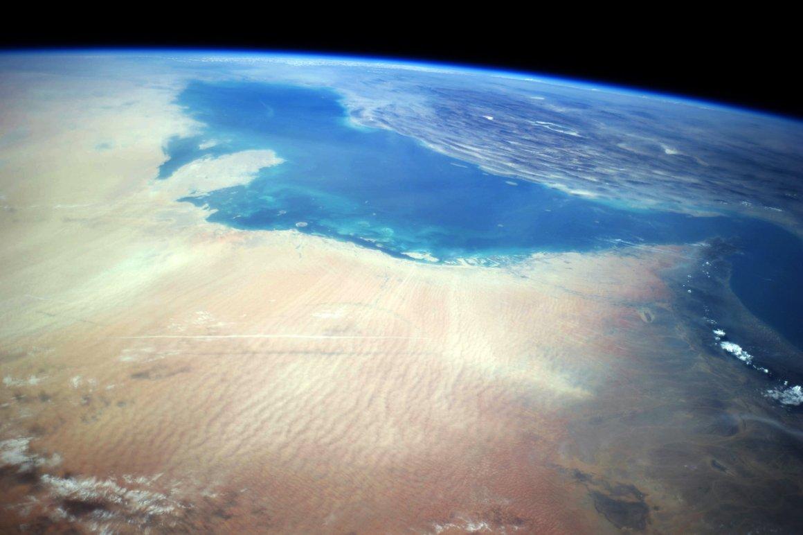 Edited ISS040 image of part of the Arabian Peninsula and Iran. Credit: Stuart Rankin, CC BY-NC 2.0